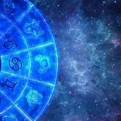 Online consultations of a Vedic astrologer (India)