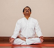 "3-DAY VIDEO COURSE ""PRANA-YOGA SADHANA"" WITH RAMUNNI, YOGA TEACHER FROM INDIA"
